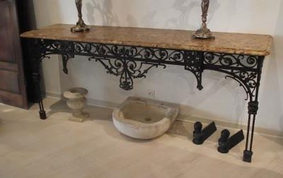 Tholonet marble console